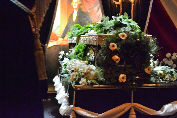 Lincoln casket lying in state