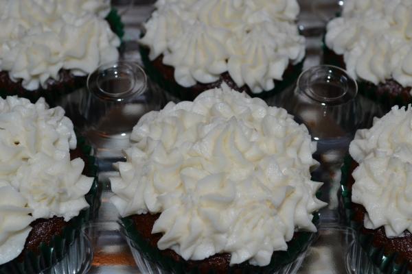 Cupcakes 2 6-7-2015 014