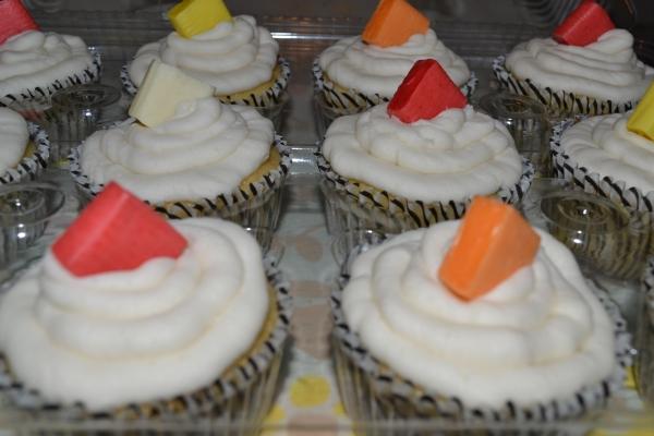 Cupcakes 2 6-7-2015 017